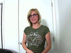 Смотреть порно кастинг анал первый раз