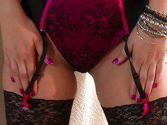 Порно видео большие сиськи белье
